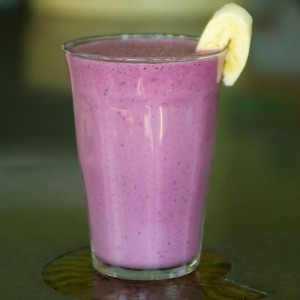 Stay Frosty – A Blueberry Smoothie to Rock You!